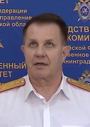 _23 Жучок в галстуке. Экс-глава УВД Мартынов узнал, как за ним шпионил руководитель СКР Леденёв.