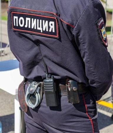 Жучок в галстуке. Экс-глава УВД Мартынов узнал, как за ним шпионил руководитель СКР Леденёв.